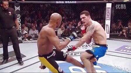 英雄迟暮,传奇不再,UFC168安德森席尔瓦断脚瞬间(胆小勿看)