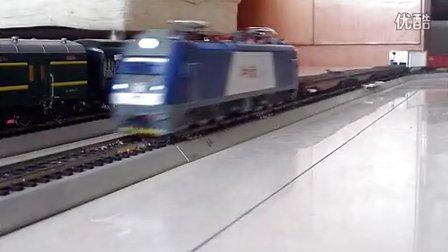 """和谐D3模型牵引混编货列""""狂彪"""""""