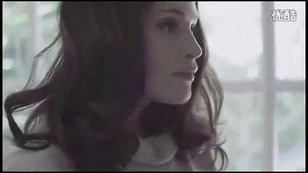 Miu Miu 时尚短片「It's Getting Late」