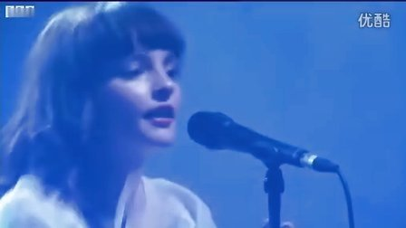 Chvrches - Lies (T in the Park 2014)