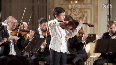 11岁天才小提琴家洛扎科维恰演奏圣桑《引子与回旋随想曲》