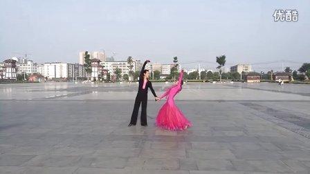 柔情中三中国汉城交谊舞队晨练
