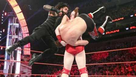 【中文解说】WWE2016年7月26日罗曼雷恩斯长矛冲锋勇闯四面楚歌赛