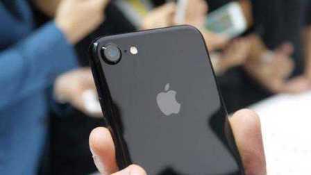 iphone7亮黑色上手体验