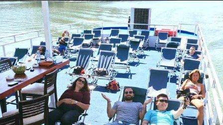 【塞尔维亚】多瑙河上坐游轮