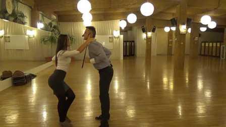 休闲舞蹈教学- Bachata & Salsa - Grupa de Intermediari la Loga Dance School