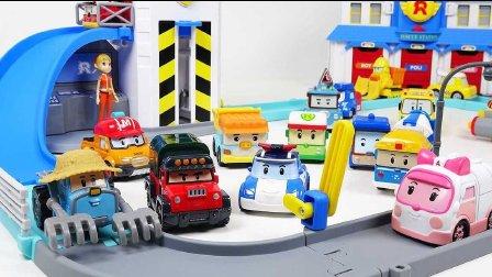 车珀利 游乐园 流行的玩具 变形警车珀利  玩具国家 小儿科  儿童视频 车珀利玩具