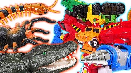 小巴士卡通高清 对城市的攻击巴士 宝宝视频 卡通玩具 小汽车玩具游戏 大鳄鱼 千足虫和蜘蛛 变形金刚玩具  鳄鱼千足虫和蜘蛛的攻击变形金刚机器人 动漫玩具千玩具