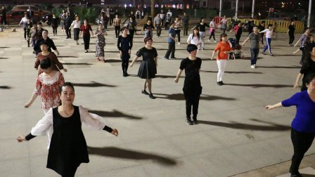 自求广场舞 排舞《男人的好》平和堂现场试拍版 株洲