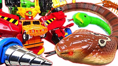 变形金刚玩具 玩具动画片 婴儿视频 蛇的攻击蛇的攻击 国王眼镜蛇出现了 PJ Masks