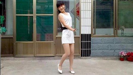 燕子广场舞5211《等爱的玫瑰》简单32步