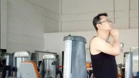 建身大叔的颈部训练(建设身体公众号:jiansheshenti)