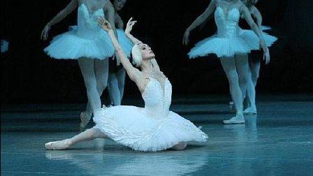 音乐无界: 著名古典芭蕾舞蹈家乌利安娜·洛帕蒂金娜演绎 - 垂死的天鹅