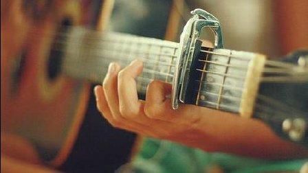 Youtube超高人气小哥原创吉他歌曲: 漂流