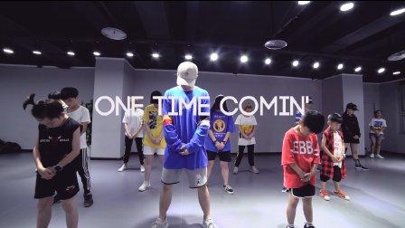 """TOPKING小海老师暑假第一期课程""""One Time Comin' - YG"""""""