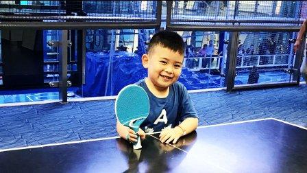 【6岁】7-1哈哈在皇家加勒比游轮上打乒乓球MAH07163