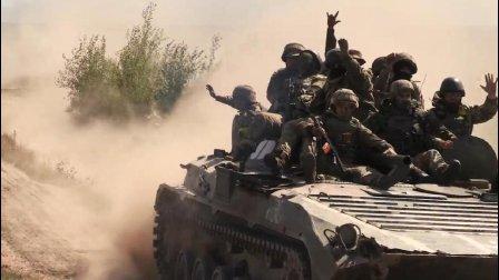 积极备战! 乌克兰某机械旅进行突击进攻训练