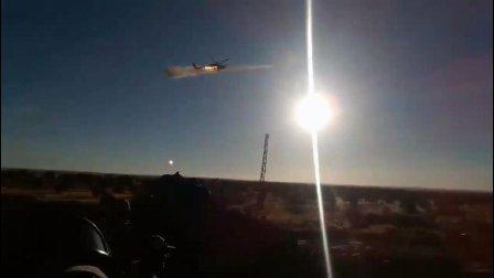 俄罗斯米28直升机真贴心呐! 哈马东部阵前尽心协助防御