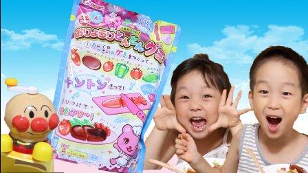 【日本食玩合体版】蔬菜软糖+草莓刨冰=什么味道?!