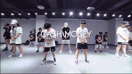 "TOPKING小海老师暑假第二期课程""Cash Money - TYGA"""