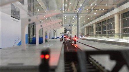 TR的自动运行沙盘: 龙阳路站进站