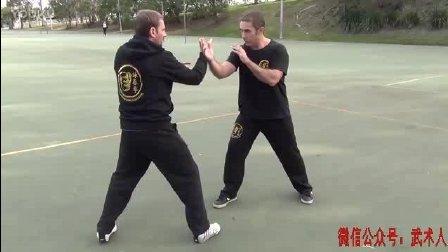 国外咏春拳爱好者研究李小龙的咏春拳缠封手法, 颇为实用!