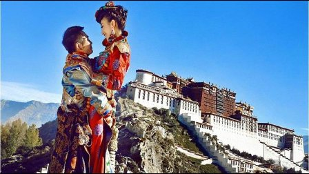滨河紫玉广场舞 藏族舞 心上的罗加