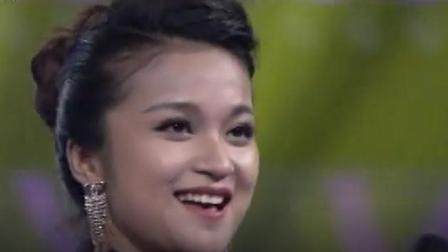 越南妹子演唱歌曲《小河淌水》 , 比很多中国歌星好, 但没超龚琳娜!