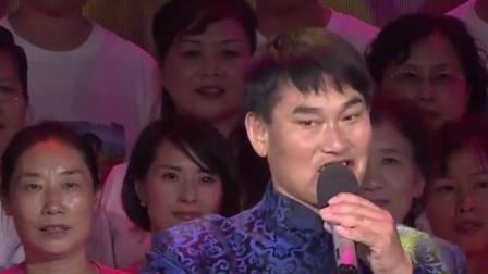 大衣哥朱之文和他的歌迷团合唱, 神采飞扬, 气氛真融洽~