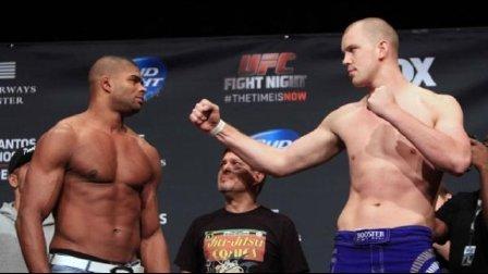 UFC最高身高重量级对决 摩天轮vs沃尔科夫