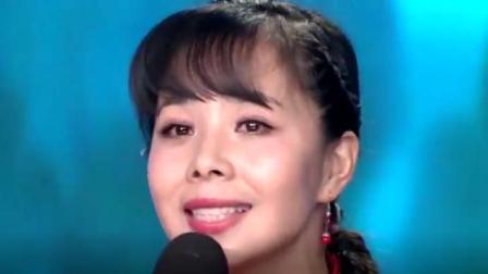央视[2017央视元宵晚会]开场歌舞《正月十五闹花灯》 演唱: 王二妮 杜朋朋等