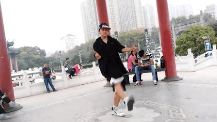 超牛逼鬼步舞高手 街头秀 力量爆棚 速度爆表 这才是正宗鬼步舞!