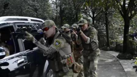 中国军迷模仿机步配合及室内突入作战, 用SUVD当装甲车, 你也可以哦