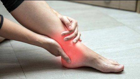 脚踝扭伤如何应急处理?
