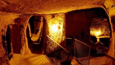 4000米深的地下城市, 能住6万人, 世界最诡异但又最浪漫的地方