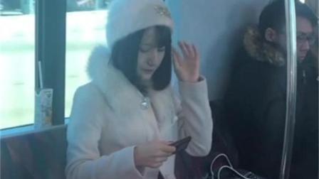 日本电车实拍: 漂亮的日本妹子