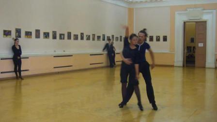 练习室里的拉丁舞也是非常好看的!