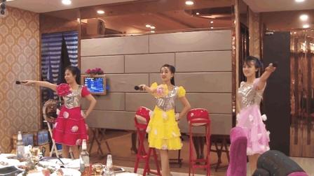 朝鲜美女在大连开发区鸿宾楼唱歌跳舞