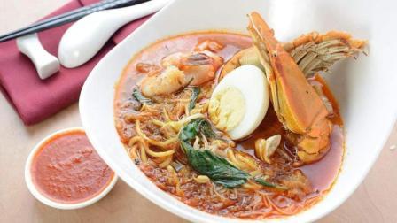 马来西亚晚餐吃什么: 咖喱大虾面, 烤鸡饭, 夹黄油面包, 荷包蛋, 猜猜多少钱!
