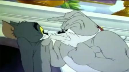 猫和老鼠-汤姆被大力士扁了