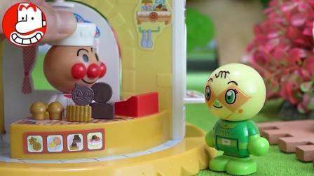 面包超人汉堡店 小猪佩奇很爱吃 爱闹大叔