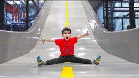 开玩笑 室内 操场 滑动 Fun indoor playground