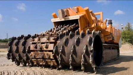 实拍德国制造的挖掘机, 看着真是太强悍了!