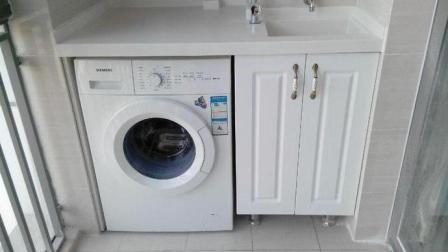 万万别把洗衣机排水管直接插地漏里, 师傅进门看了一眼就让赶紧改!