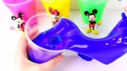 小猪配齐洗澡泡浴水舞珠珠的玩具故事 小伶玩具 北美玩具 名侦探柯南 猫和老鼠