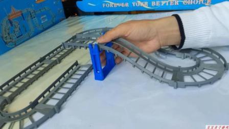 汽车总动员之拼装汽车心形轨道玩具动画视频
