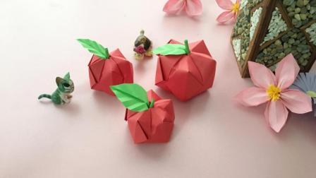 超逼真的立体小苹果, 2张纸就能折好哦, 快来给宝宝折一个吧!