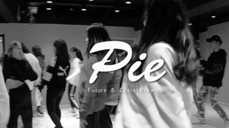 重庆渝北龙酷街舞导师双双编舞-Pie