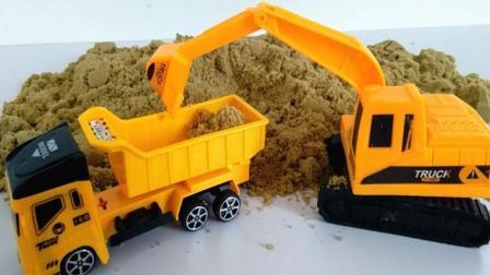 城市建筑模拟之挖掘机和土方车装车视频