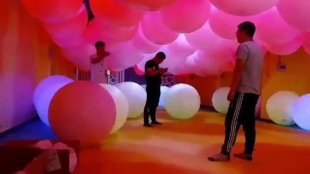 互动气球盒